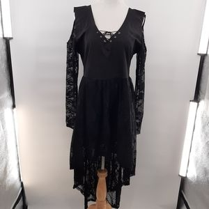 Black lace witchy look dress in size XL.